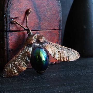 """Přívěsek """"Cikáda"""" - pokovená křídlatka javoru"""