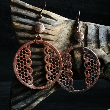 Earrings - plated lace