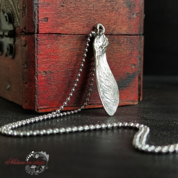 Silver-plated maple wing - pendant