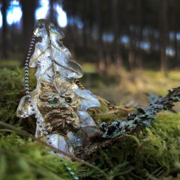 Gilded oak leaf - pendant