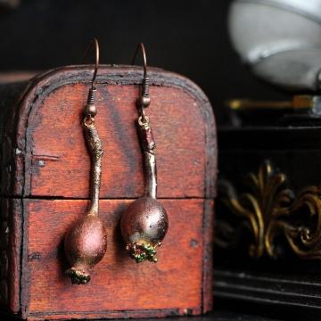 Plated rosehips - earrings