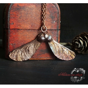 Křídlatá dvounažka javoru - přívěsek