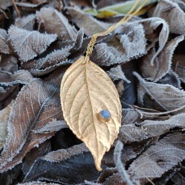 Zlacený list šeříku
